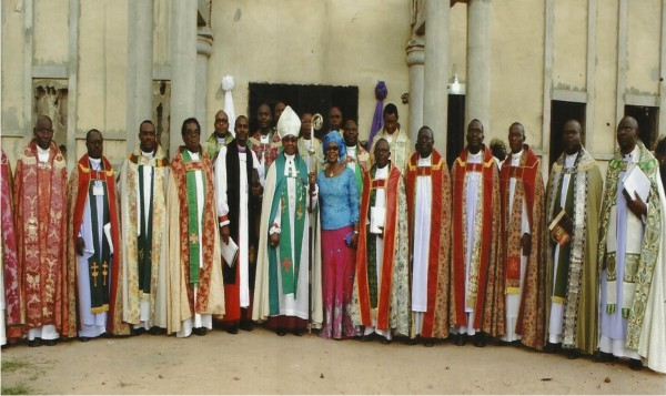 His Grace, Most Rev. E.O Chukwuma and his wife, Dr Mrs Joyce Chukwuma, pose with Archdeacons in Enugu Province during the just-concluded Synod of the Diocese.