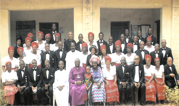 Rt. Rev. B.N. Oti and wife Ijeoma, with Knights and Ladies of Diocese  on  the Lake  after  the retreat at Bishop Cockin Church Centre Atta, Ikeduru